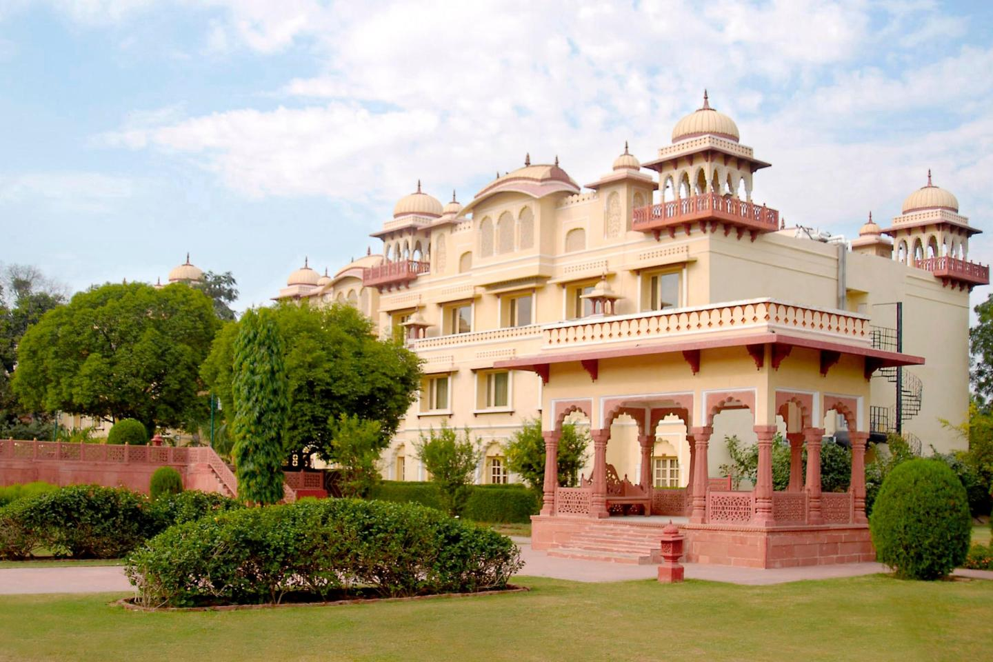 Taj jai mahal palace jaipur get upto 70 off on booking Home architecture in jaipur